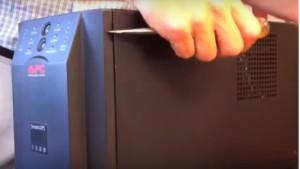 thay acquy ups apc smart UPS 1500 2